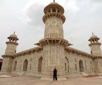 Itmad-ud- Daulah (Baby Taj)